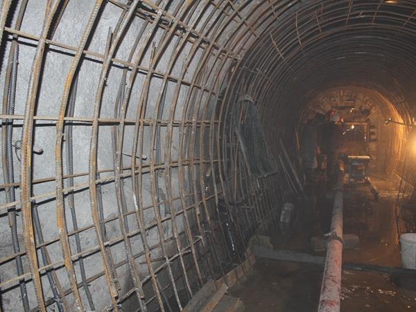 (十三)4#隧洞二衬混凝土施工